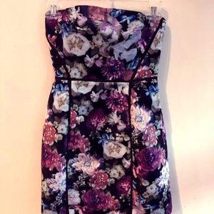 Kimchi Blue Floral strapless dress Sz Small